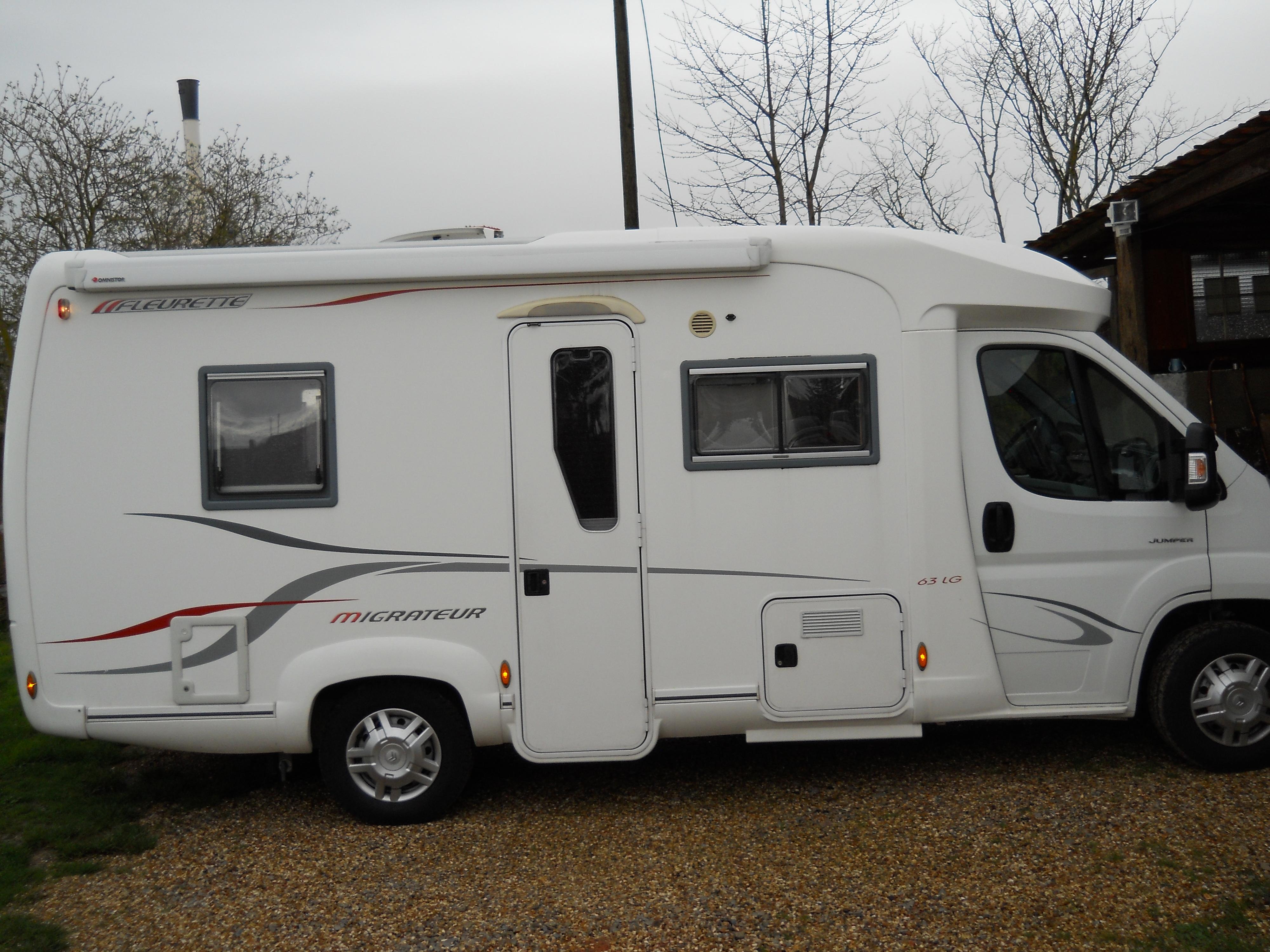 Camping car profilé Fleurette Migrateur 63 LG