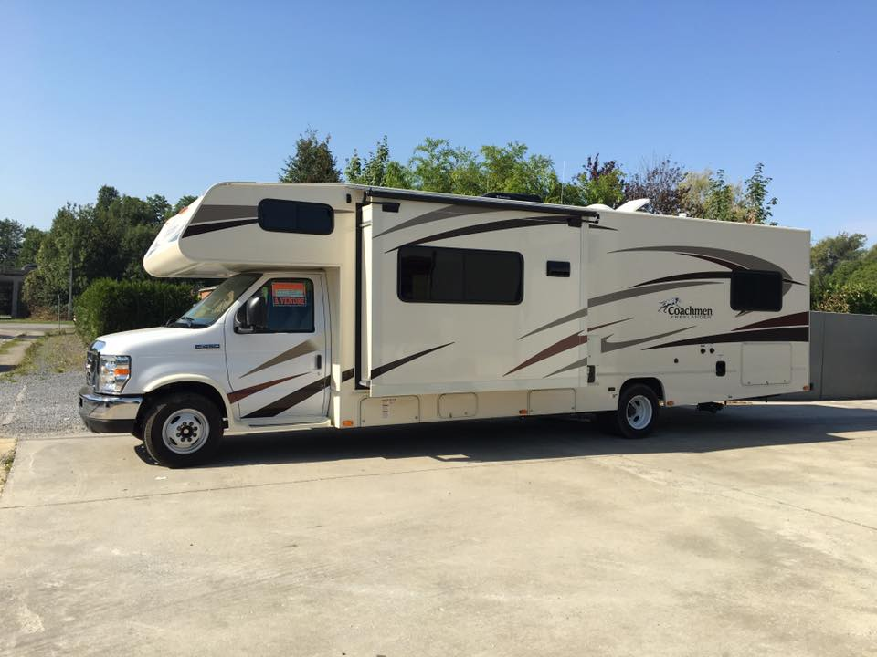 Ford E-450 coachmen Freelander